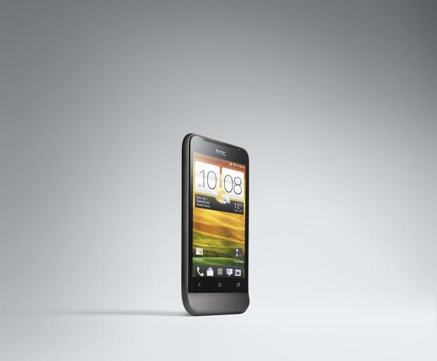 HTC One V 04
