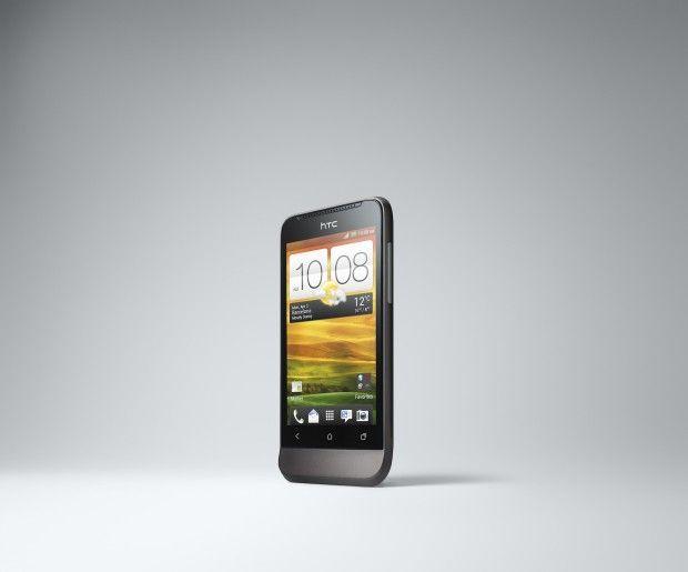 HTC One V 03